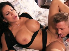 Brazzers - Mommy Got Boobs - Playtime With Te