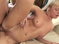 Beauty Endures Dad For A Entire Hardcore In Her Room