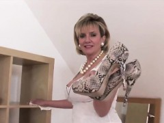 Adulterous British Milf Lady Sonia Presents Her Enormous Tit