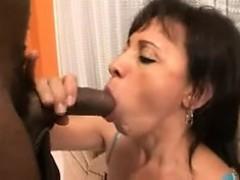 brazilian_mom_daughter_anal_foursome_s88 WWW.ONSEXO.COM