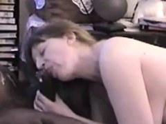 Cuckold Slut Interracial Cumshot Cleanup
