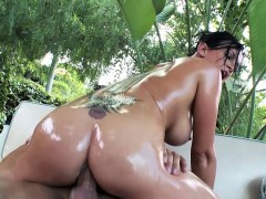 Brazzers – Big Wet Butts – Tory Lane and Keir