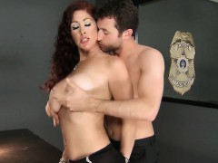 Brazzers – Mommy Got Boobs – Tiffany Mynx and