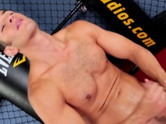 Solo Muscle Stud Wanks In The Boxing Ring