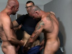 Big Dick And Tattooed Hunks Fucking At The Glory Hole