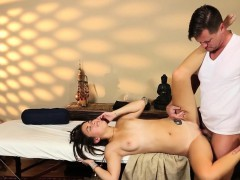 massage amateur getting plowed by masseur WWW.ONSEXO.COM