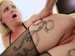 ripped-babe-assfucked-in-doggystyle