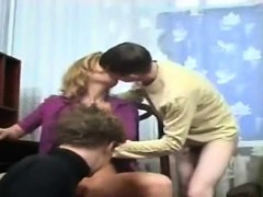 2 Sons Fuck Their Mom's Pussy And Ass