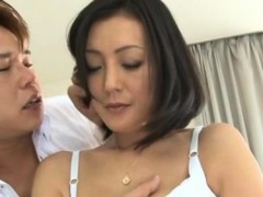 Awesome Chick Gives Hawt Titty Wank