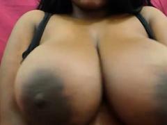 ebony babe with nice massive tits