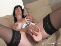 dildo-fucking-with-mature-babe