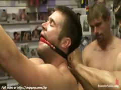 hot-guy-gets-tied-up-and-fucked