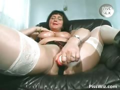busty-mature-shows-her-massive-tits-part2