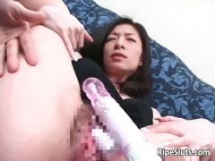 mature-asian-slut-gets-he-wet-hairy-part5