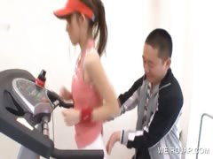 teen-asia-gets-assets-tease-in-the-gym