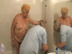 dirty-old-woman-goes-crazy-getting-her-part1