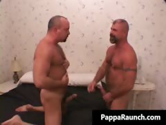 hot-sexy-mature-tight-body-gay-gives-part1