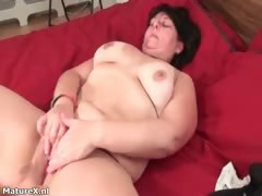 busty-fat-brunette-woman-really-enjoys-part2