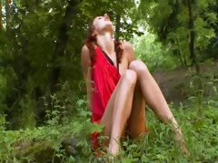 natasha-forest-teenager-from-russia