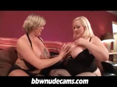 bbw-blonde-lesbians-eating-her-pussy