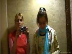 petite-natasha-teenager-naked-at-toilet