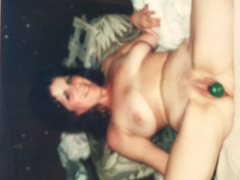 Marie136 with shaved cunt