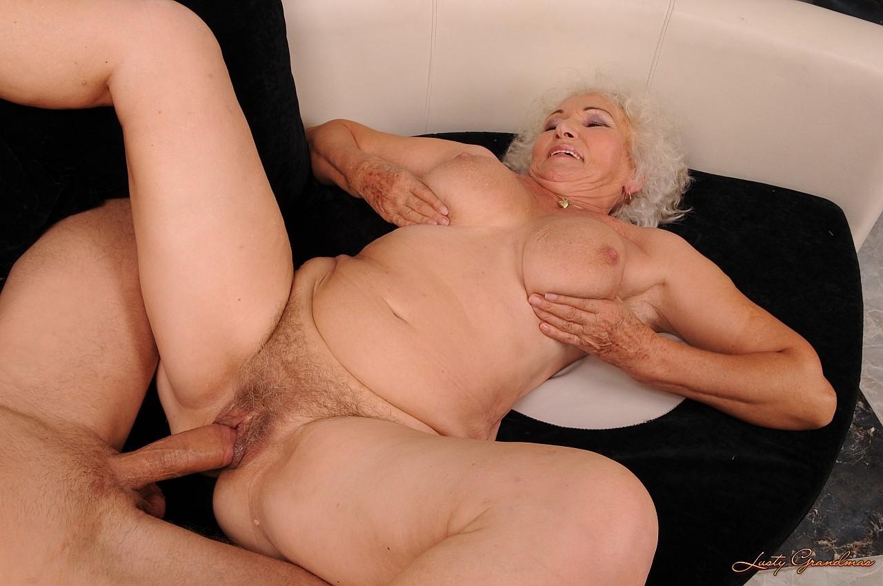 порно фильмы с участием старушек