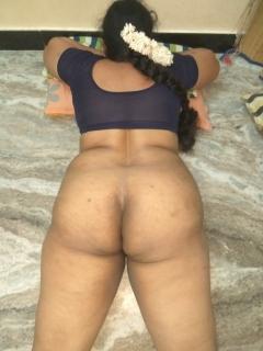 Big ass indian aunty pics