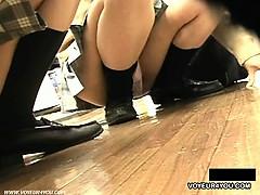 underwear-short-skirts-voyeur