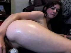 Sexy Babe Has A Big Orgasm On Webcam