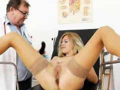 Speculum Inside Karen Shaved Vag During The Gyno