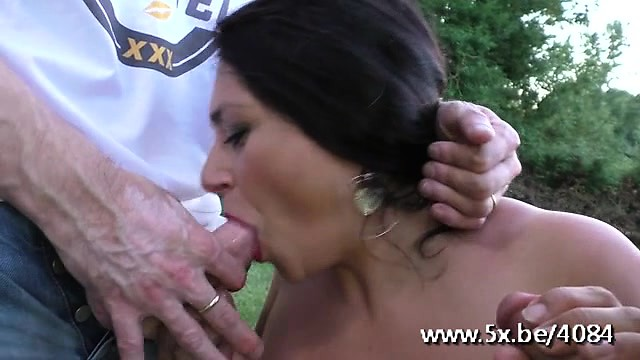 Mature emma gets 2 cocks outdoor