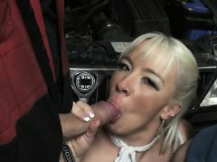 we-fucked-3-matures-in-a-garage