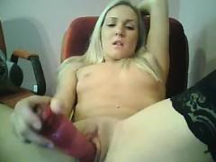 sweet-blonde-masturbates-with-her-toy