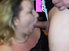 Друзья трахают пьяную жену