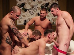 muscular-hunks-assfucking-orgy-action