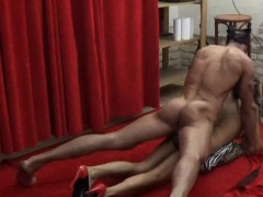 Petite Milf Gets Oral And Fucks With Wild Stranger