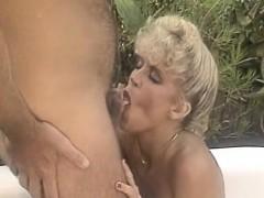 amber-lynn-in-classic-sex-scene