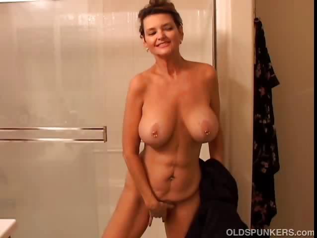 Mature Huge Tits Interracial