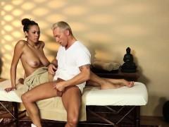 Русское порно зрелых дам кунилингус