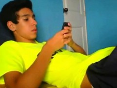 Latino Twink Shows Off When Jerking