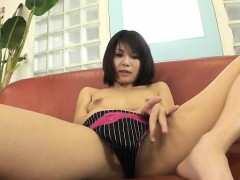 housewife-azumi-harusaki-enjoys-toys-up-her-cunt