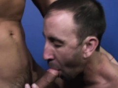 mature-gay-sucking-dick-and-fucks-anal