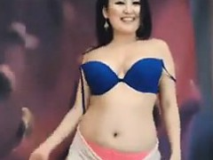 Thick Asian Chick Stripping