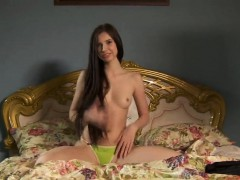 Pretty Cutie Gapes Tight Vagina And Gets Deflorated