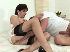 Adulterous British Milf Lady Sonia Reveals Her Enormous Brea