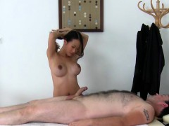 Asian Masseuse Pussykat Services Her Employer