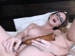 sexy-college-girl-masturbate-in-her-private-room