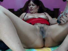busty-cougar-in-heat-sticks-a-dildo-in-her-ass-and-rubs-her
