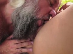 naomi-sucking-off-grandpas-hard-cock-outside-and-rides-on-it